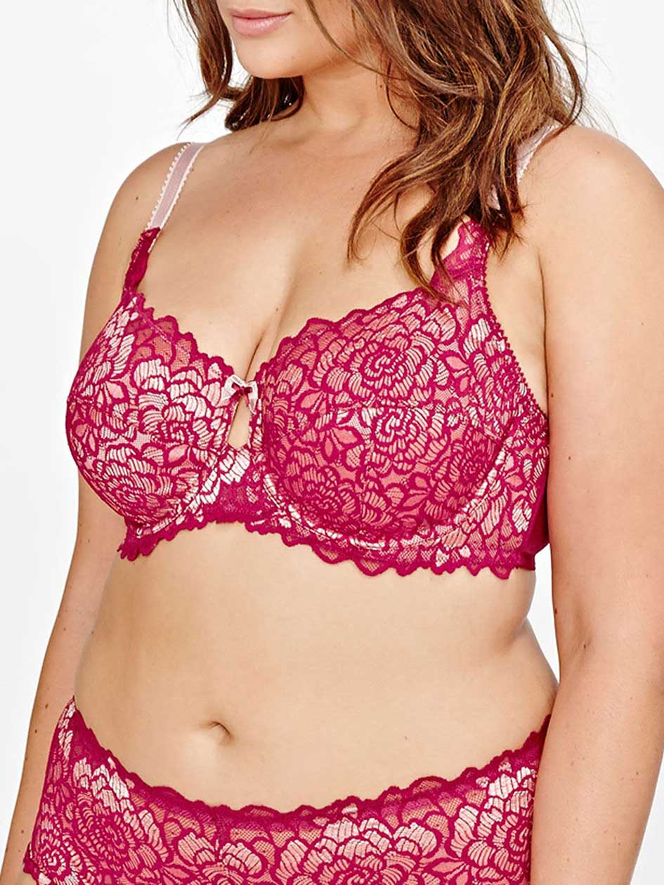 Femme Couture Scalloped Lace Overlay Bra, Sizes G & H - Déesse Collection