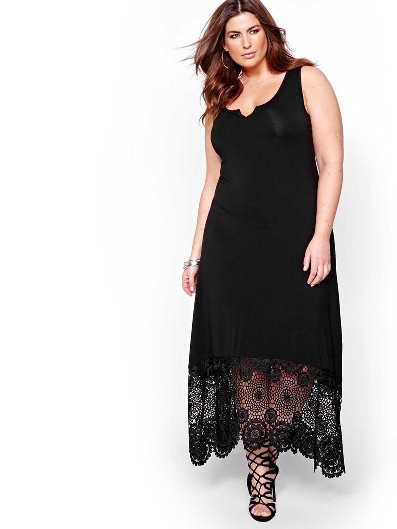 Black dress elle - Michel Studio Crochet Lace Maxi Dress