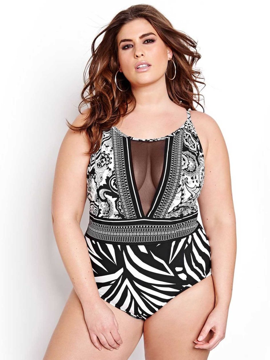 La Blanca One Piece Swimsuit.black.22