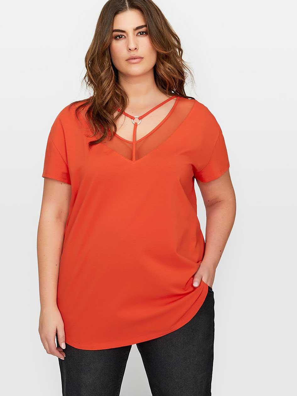 L&L Short Sleeve Cutout Top