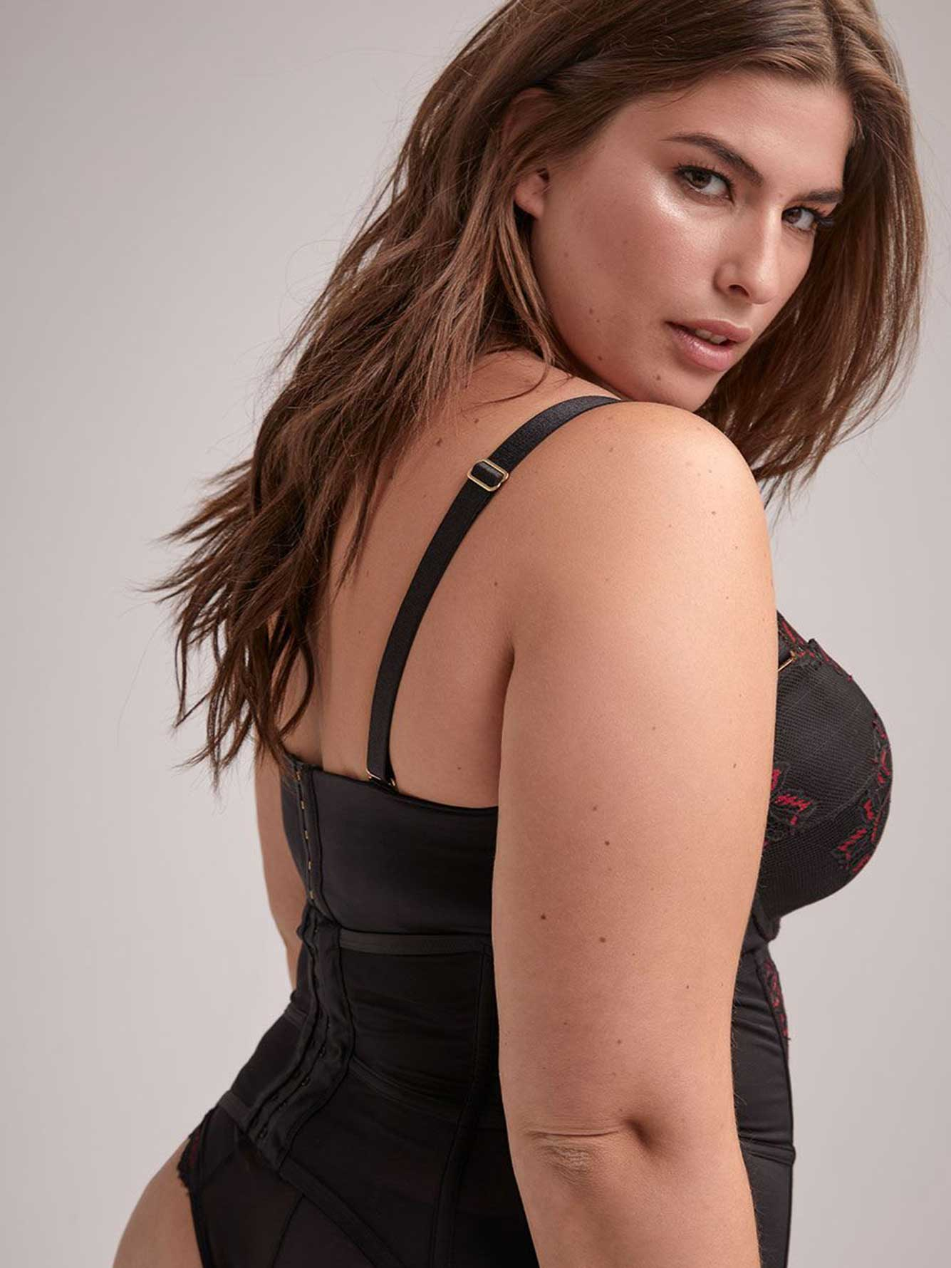 98f9fbbfc2819 Sexy Waist Cincher - Ashley Graham