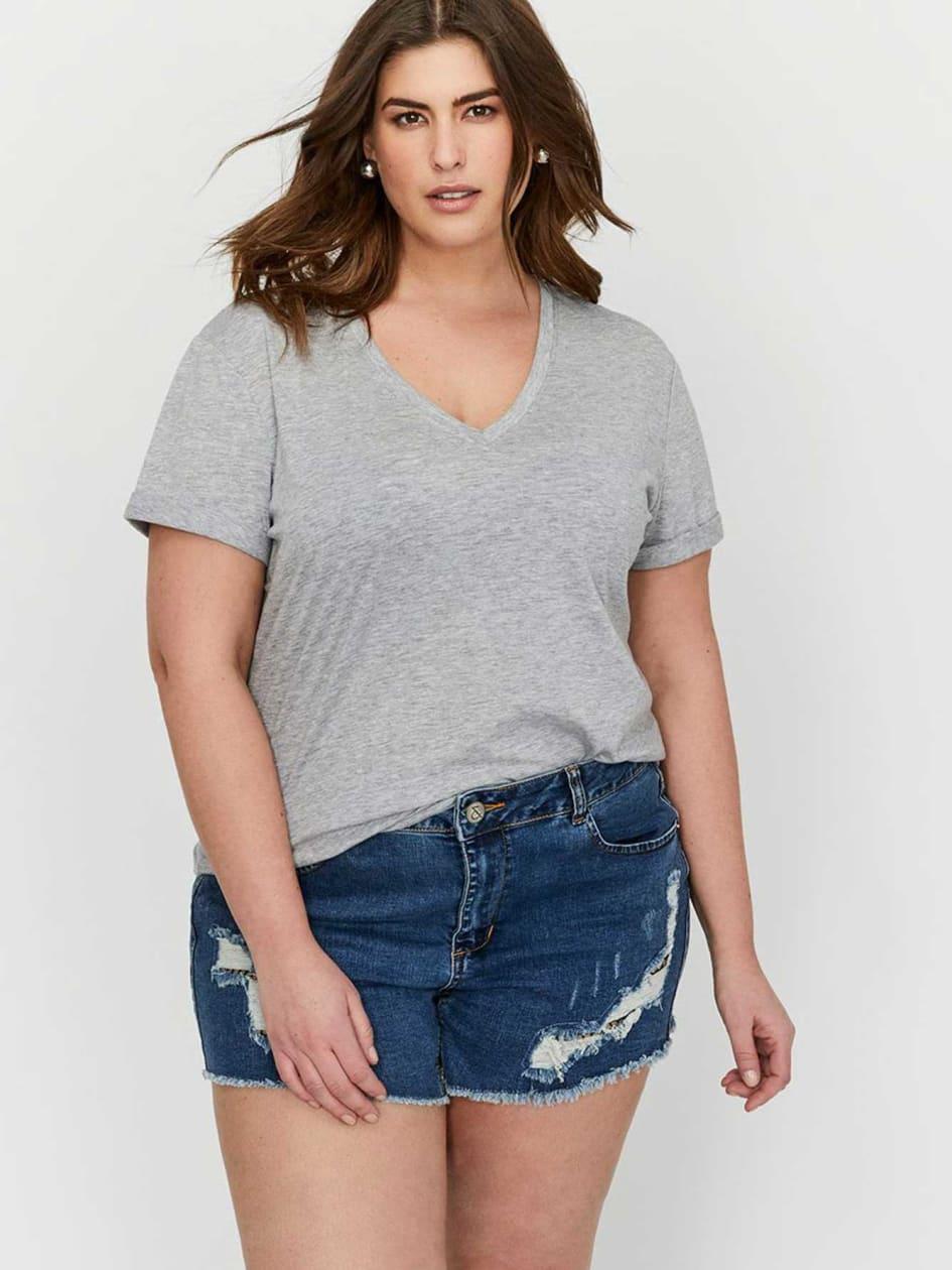 L&L Boyfriend V-Neck T-Shirt