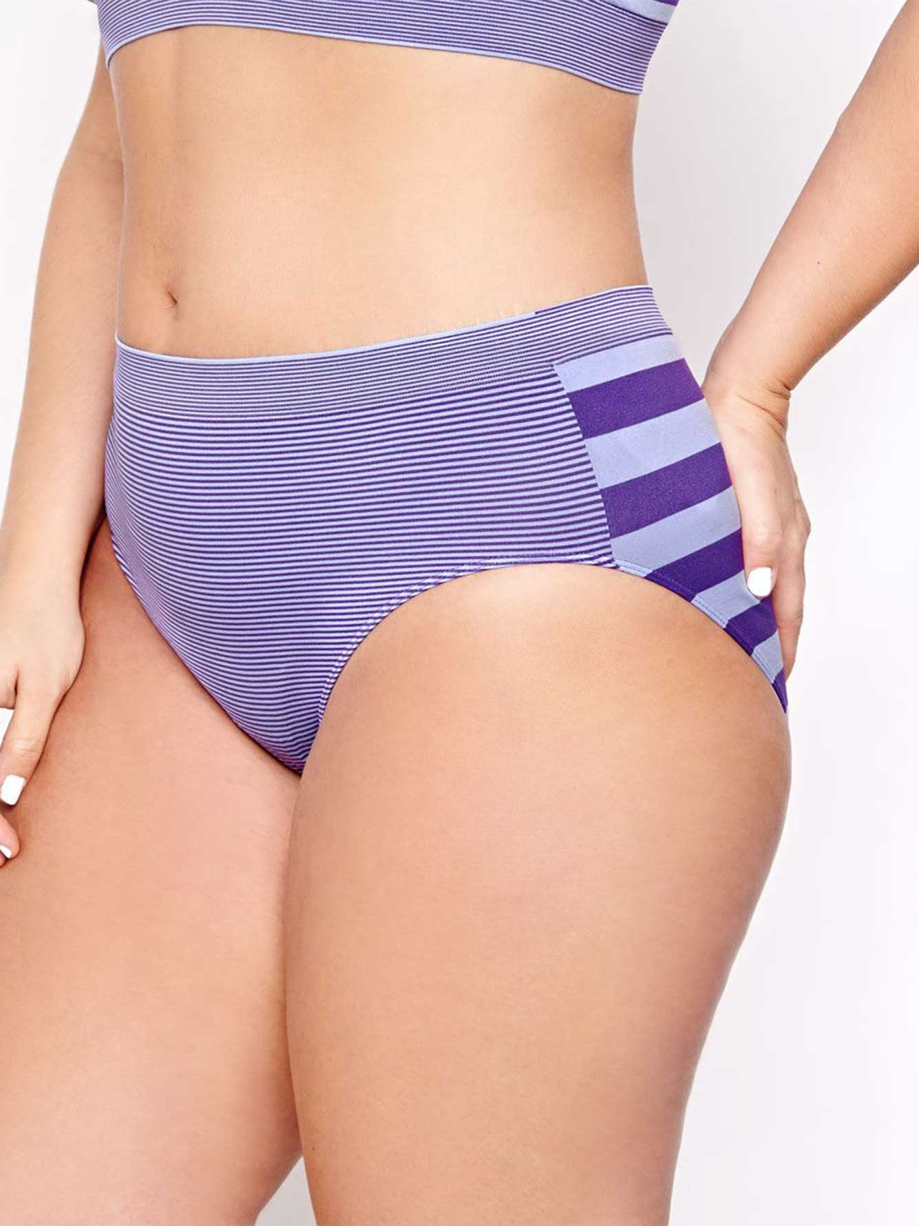 3f33a795d962 Seamless Striped Panty - Déesse Collection | Addition Elle