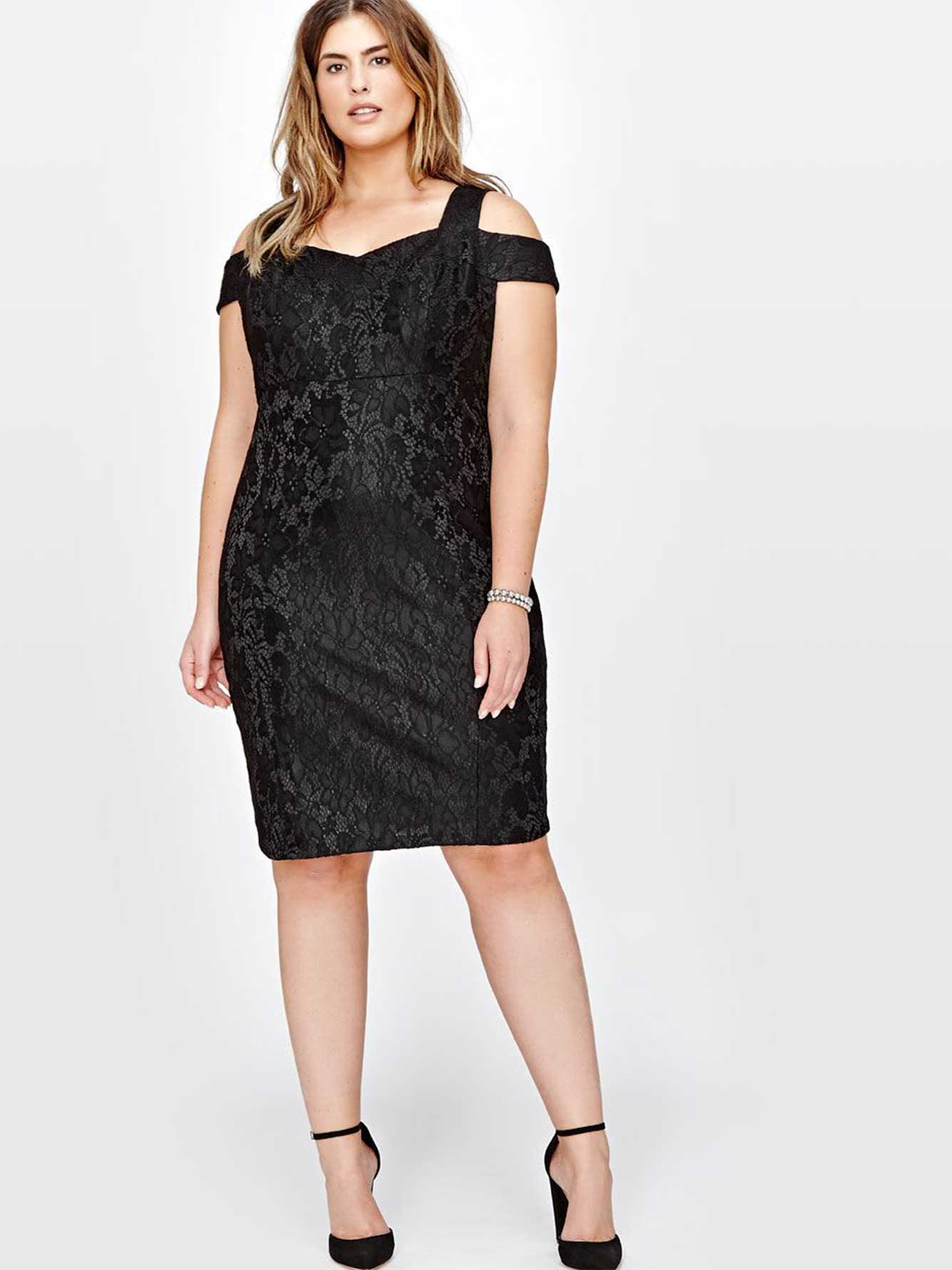 5183ad988b1739 Sangria Cold Shoulder Bodycon Dress