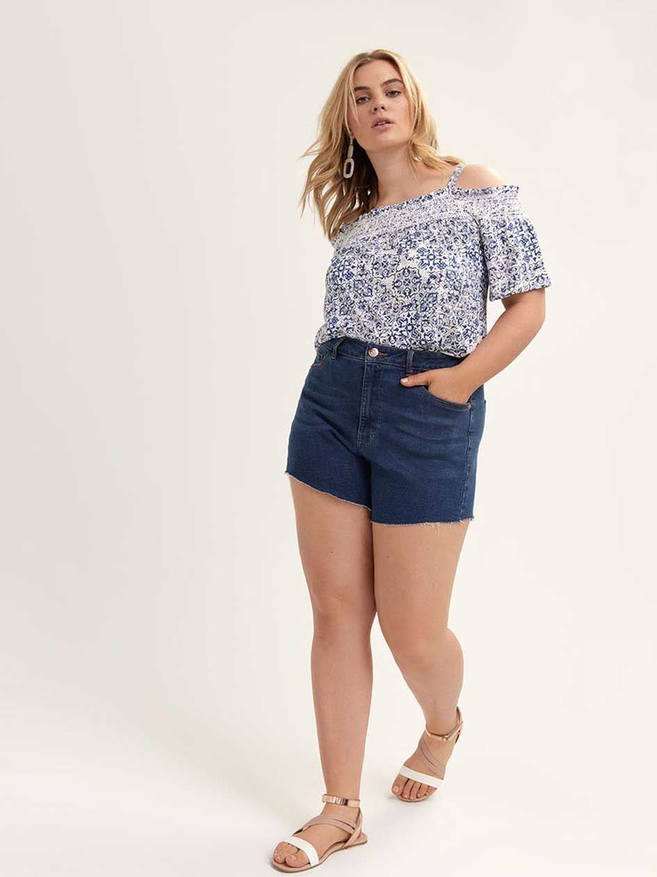 Frayed Angled Jean Shorts - L&L