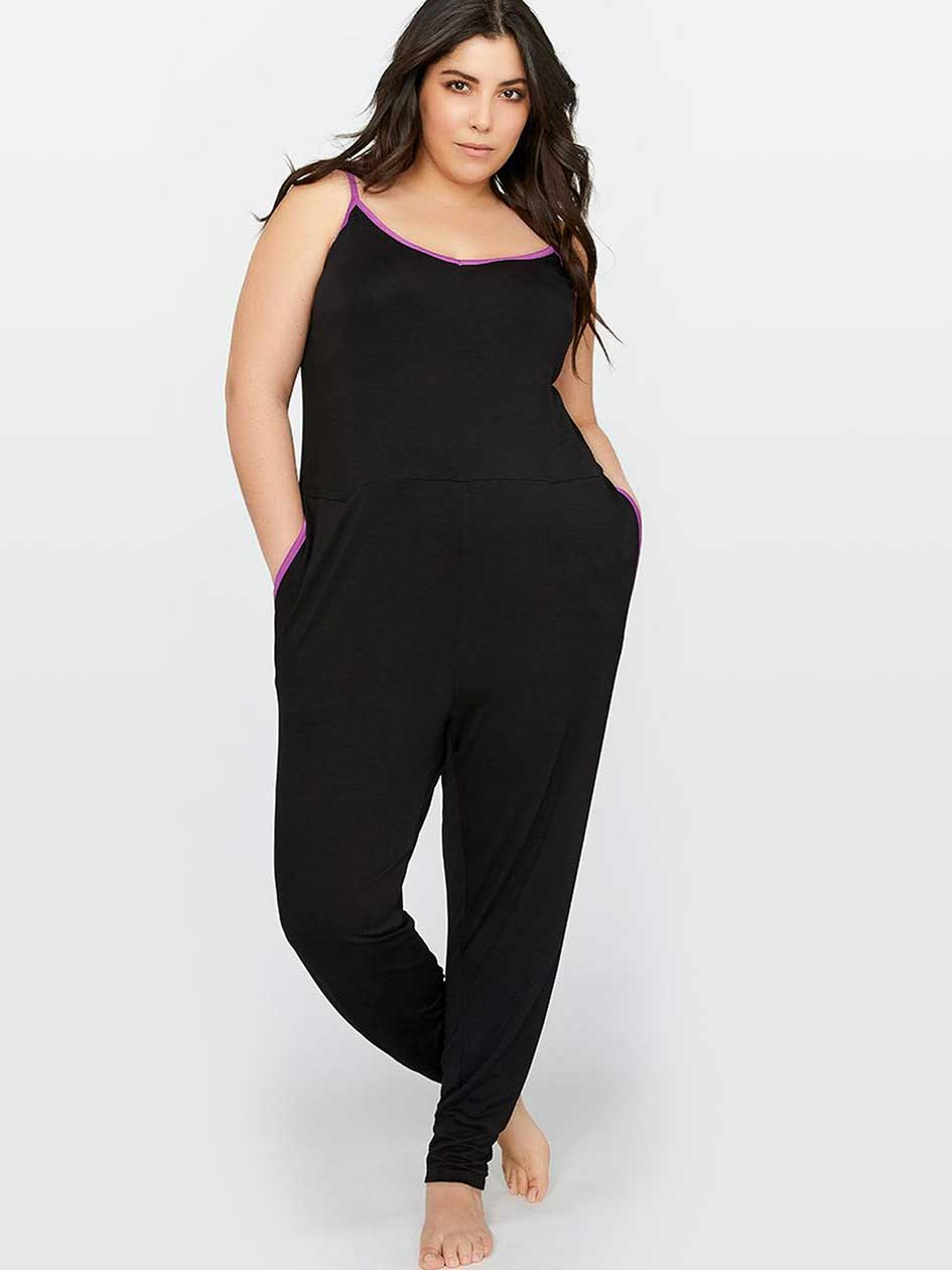 Solid Jumpsuit with Tapered Leg - Déesse Collection