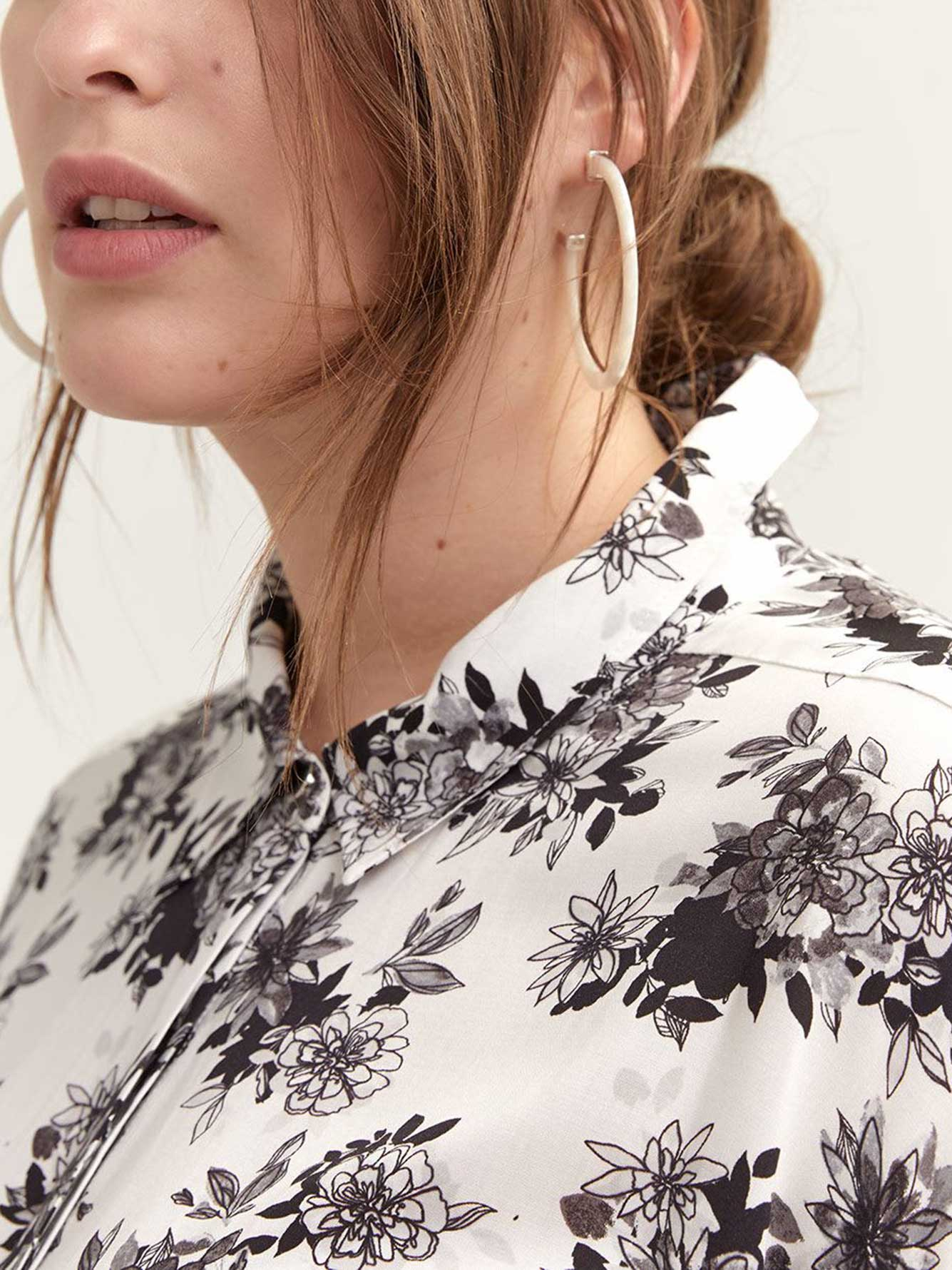 Printed Shirt with Concealed Buttoned Down Closure - Michel Studio