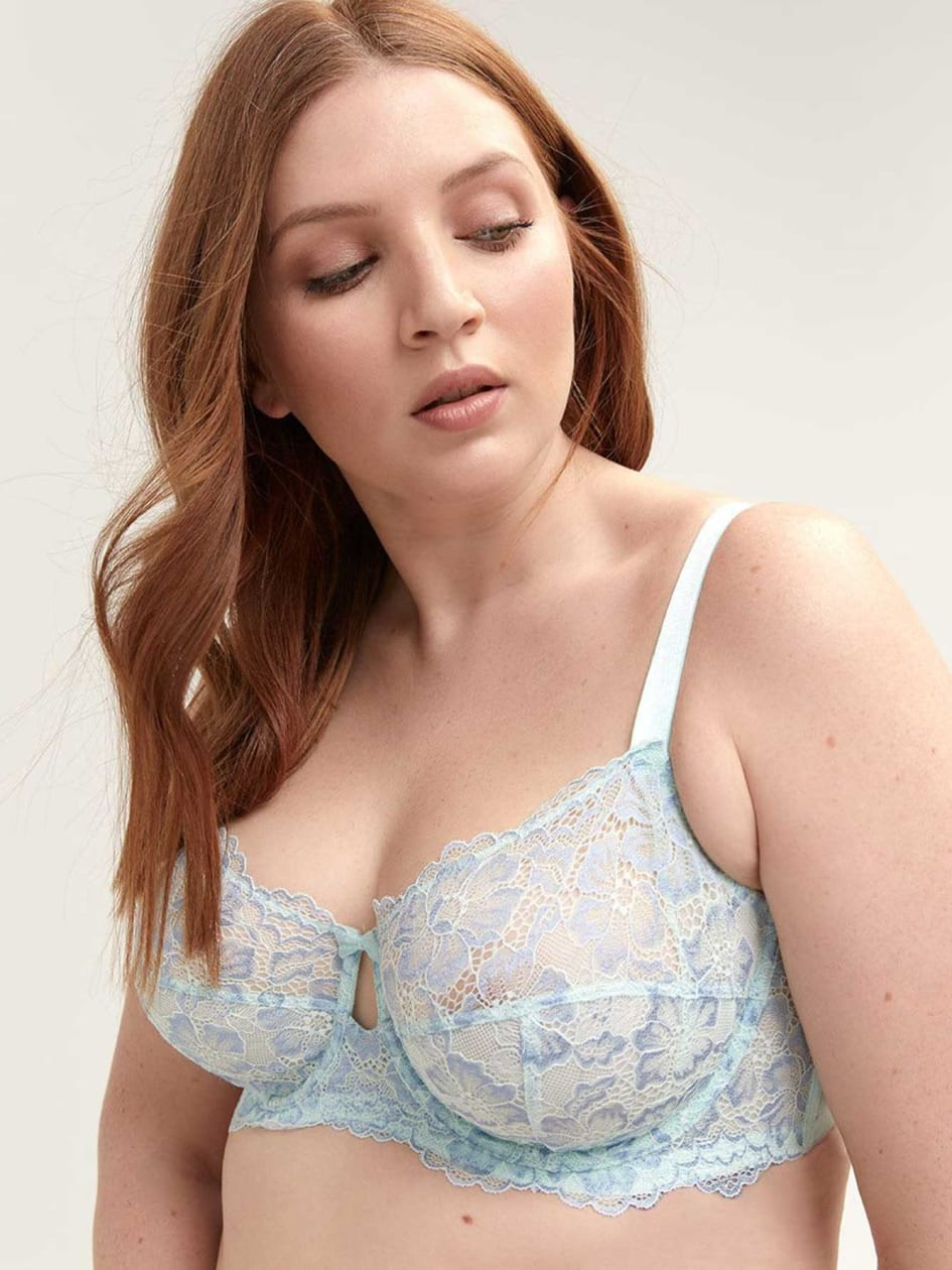 93d6bed4bbe98 Plus Size Déesse Lingerie Collection