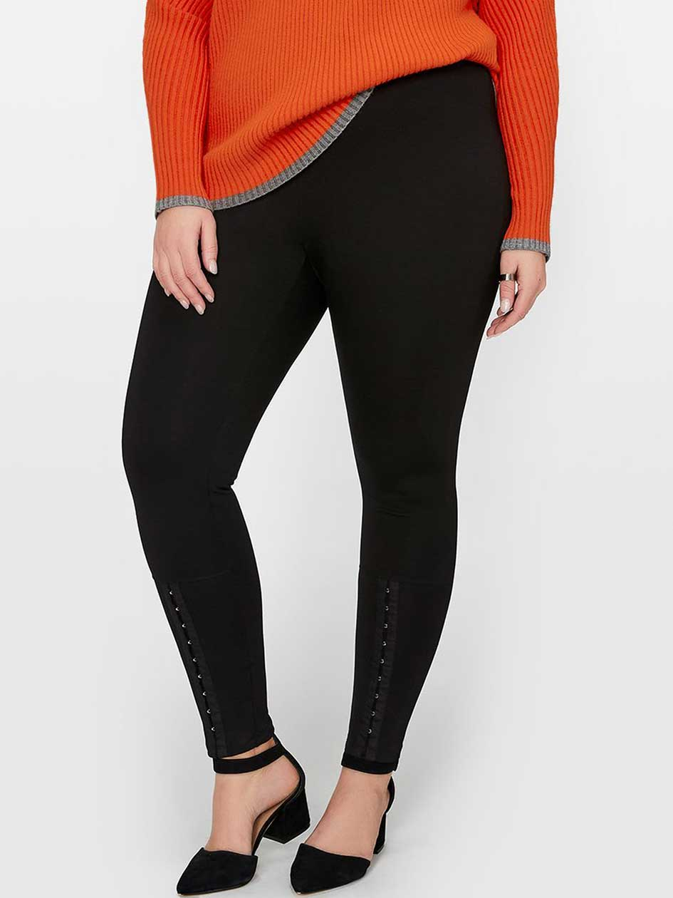 Legging With Hook & Eye Detail
