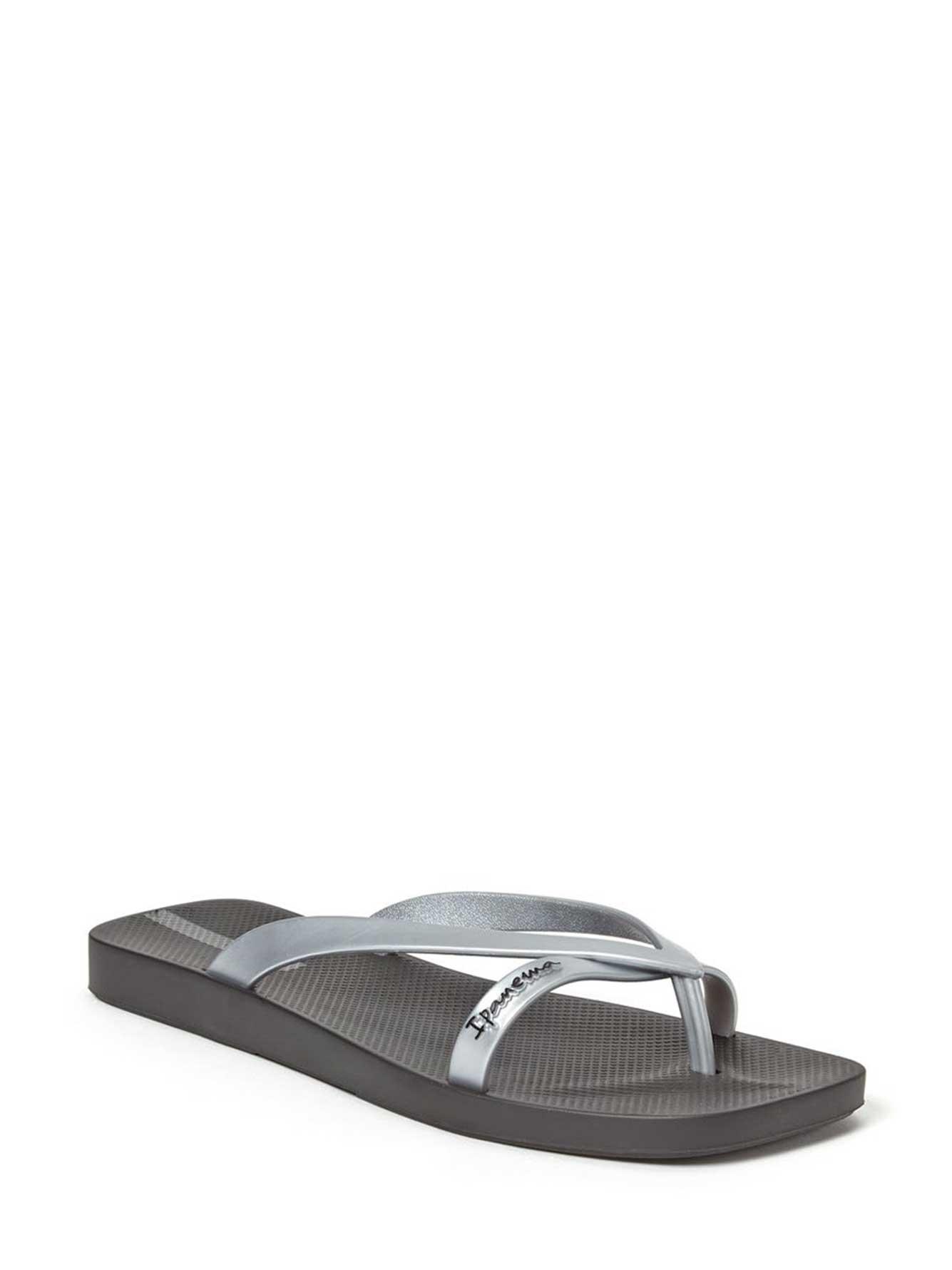 8245a5165230 Ipanema Kirey Double Strap Flip Flops