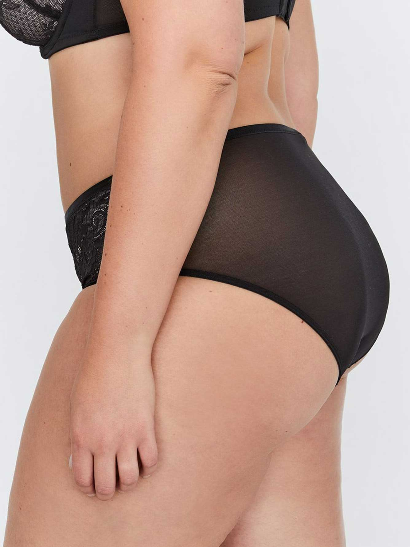High Cut Shiny Microfiber Panty with Lace Detail - Déesse Collection