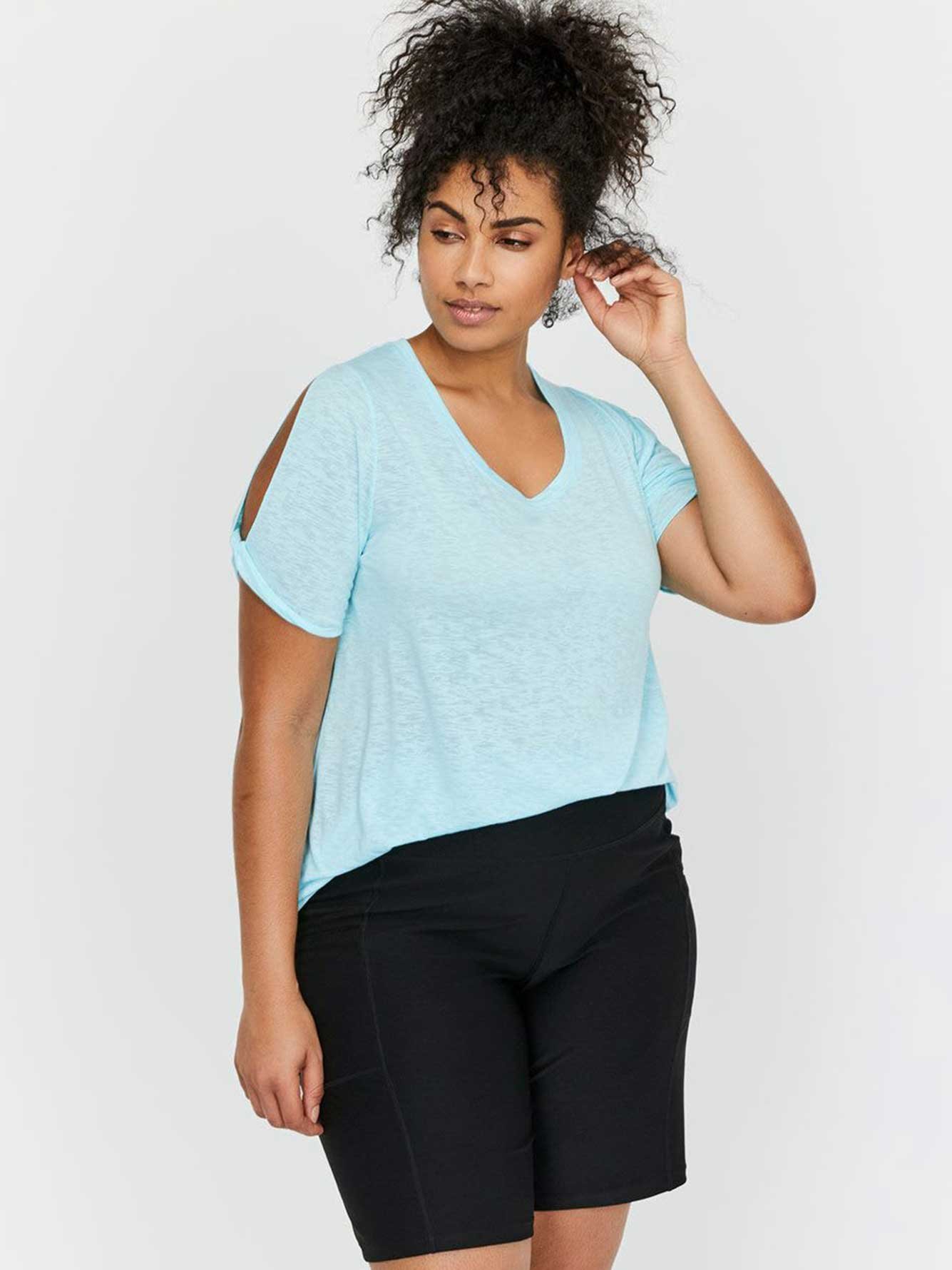 Nola Scoop Neck T-Shirt with Twisted Short Sleeves