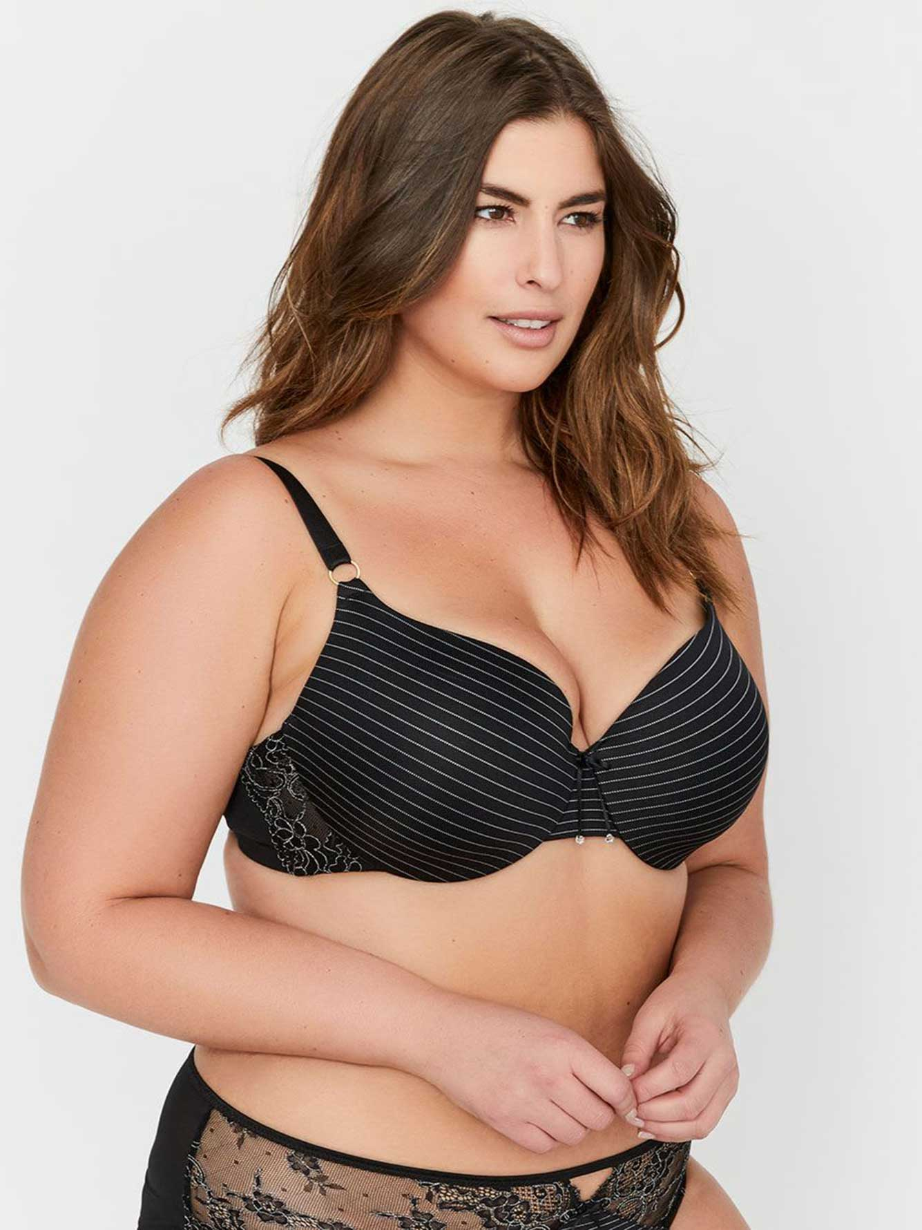 Ashley Graham Essentials Icon T-shirt Bra, Sizes G & H