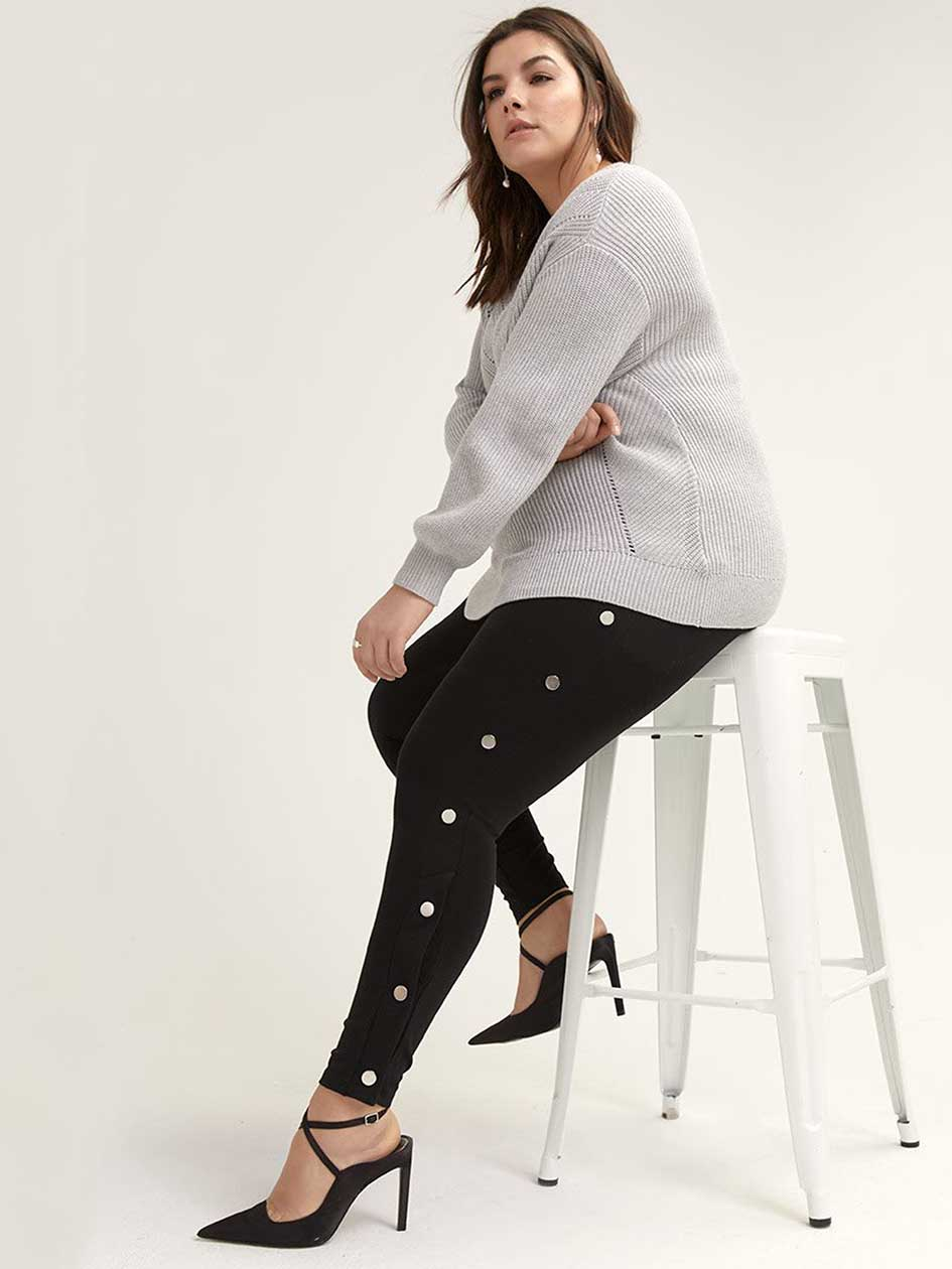 Legging with Side Metallic Snaps