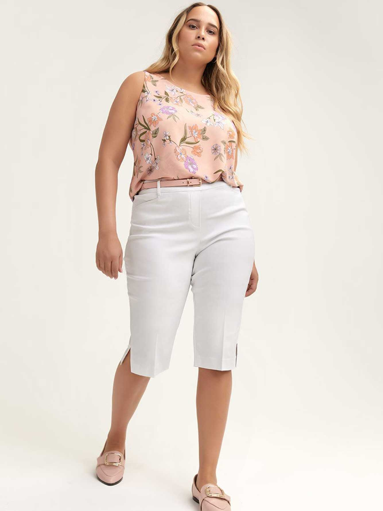 Petite - Savvy Soft Touch Solid Capri - In Every Story
