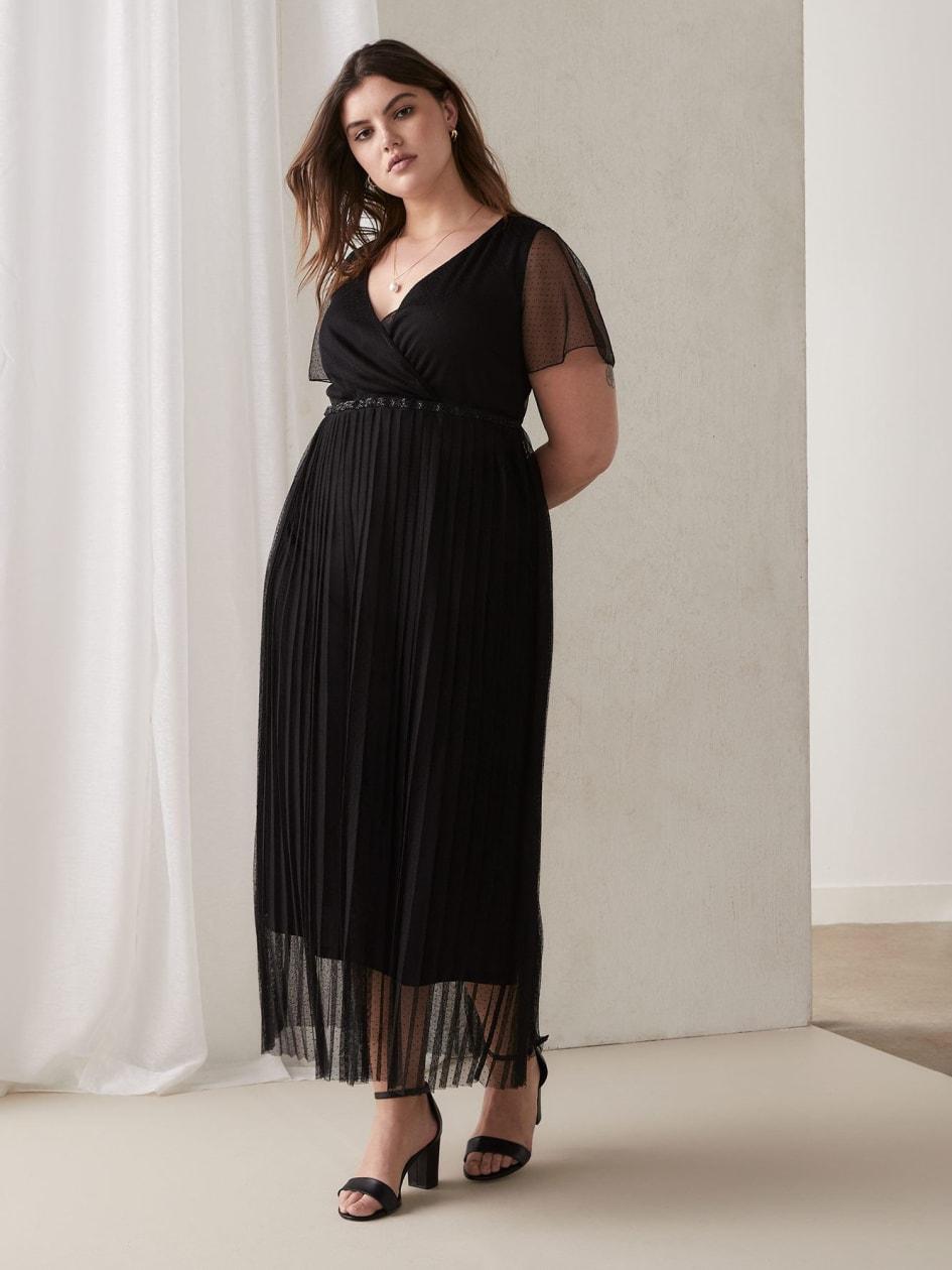Plus Size Little Black Dresses for Women | Addition Elle
