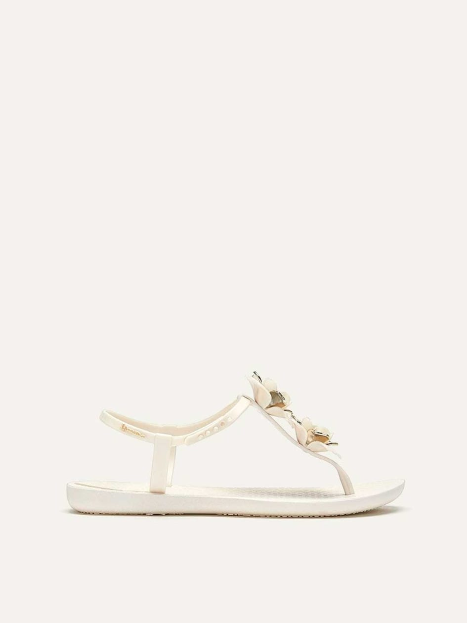 477a3be0e3e Shop Online  Women s Wide-Width Ipanema Sandals