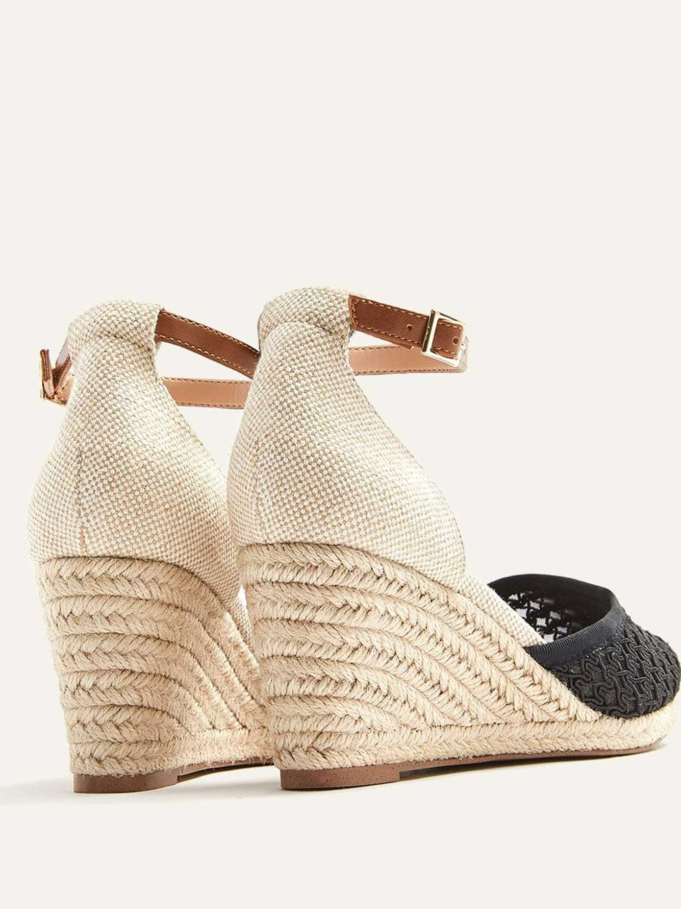 Wide Wedge Shoes with Lace Toe