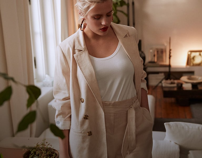 The linen-blend suit