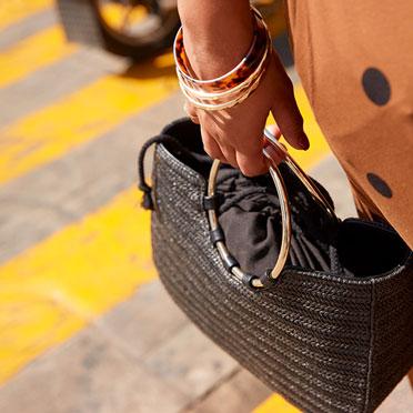 Straw ring satchel